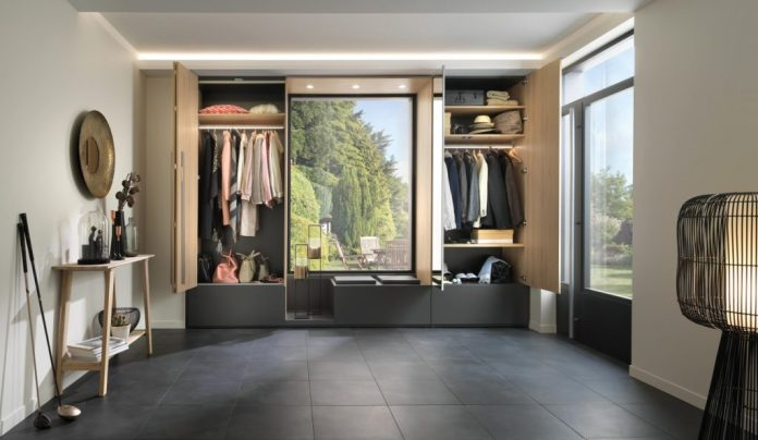 Kitchens, living room furniture, but also cloakrooms and dressing rooms: the range from SCHMIDT Küchen Dresden is versatile and can be used individually.  (Photo: SCHMIDT Küchen)