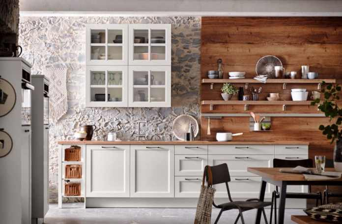 Rooms flooded with light, bright kitchens, wickerwork and macramees: this is how many imagine the French country house style.  In fact, the picture only corresponds to the Provence region.  (Photo: Häcker Kitchens)