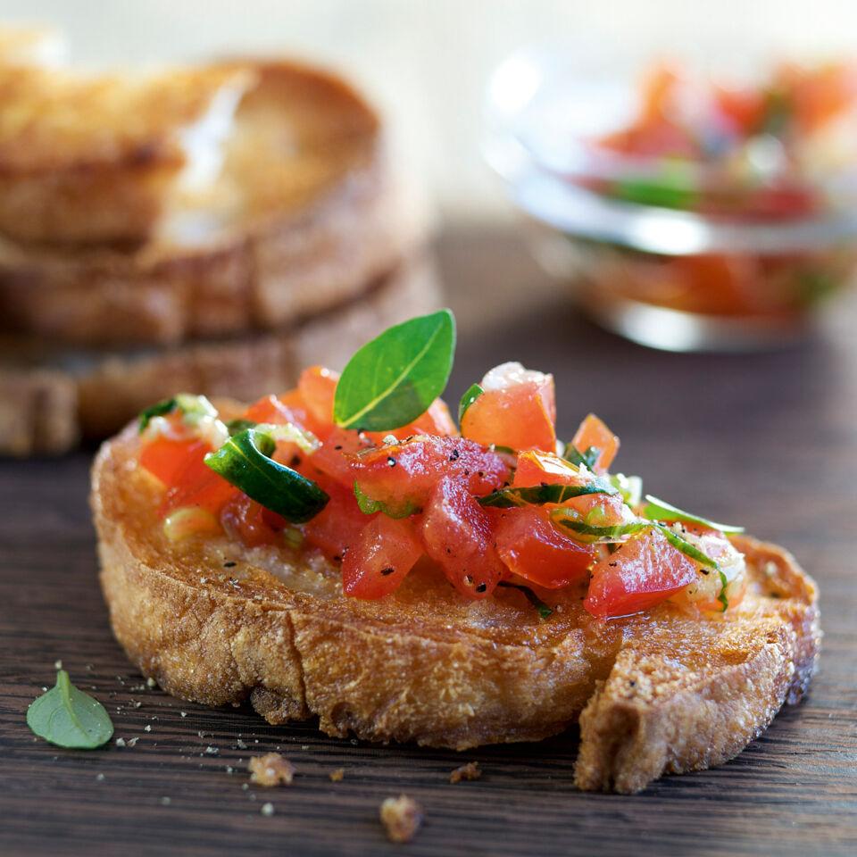 Bruschetta mit Tomaten Rezept  Kchengtter