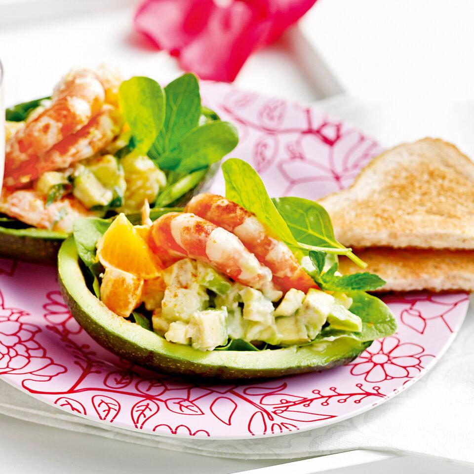 Fruchtiger AvocadoGarnelenCocktail Rezept  Kchengtter