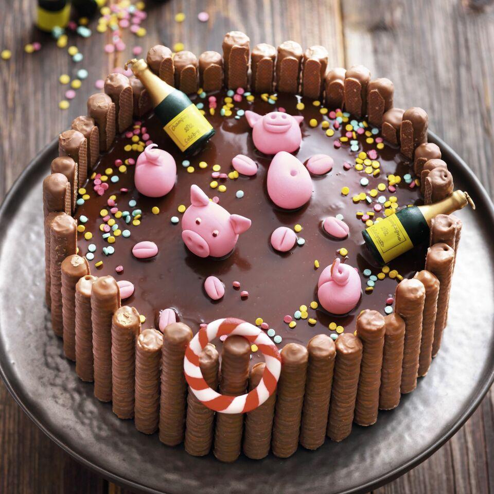 Schokoladentorte mit MarzipanSchweinchen Motivtorte