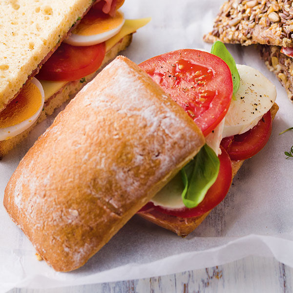 TomatenMozzarellaSandwich Rezept glutenfrei  Kchengtter