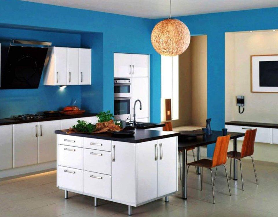 Was die Wandfarbe in der Küche alles kann!
