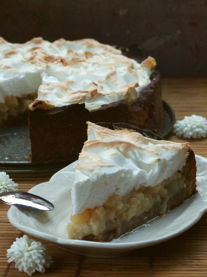 Beze-torta-sa-kruskama1