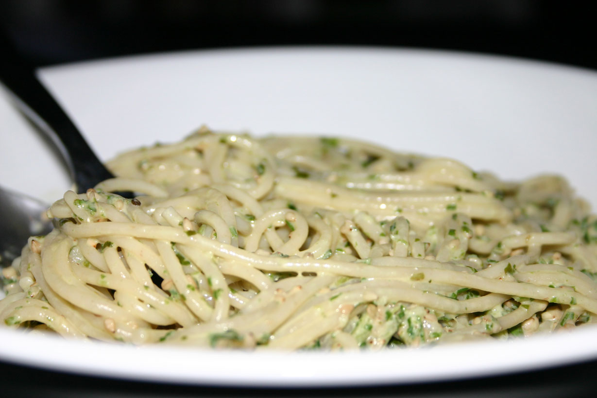 Spaghettis au pesto léger