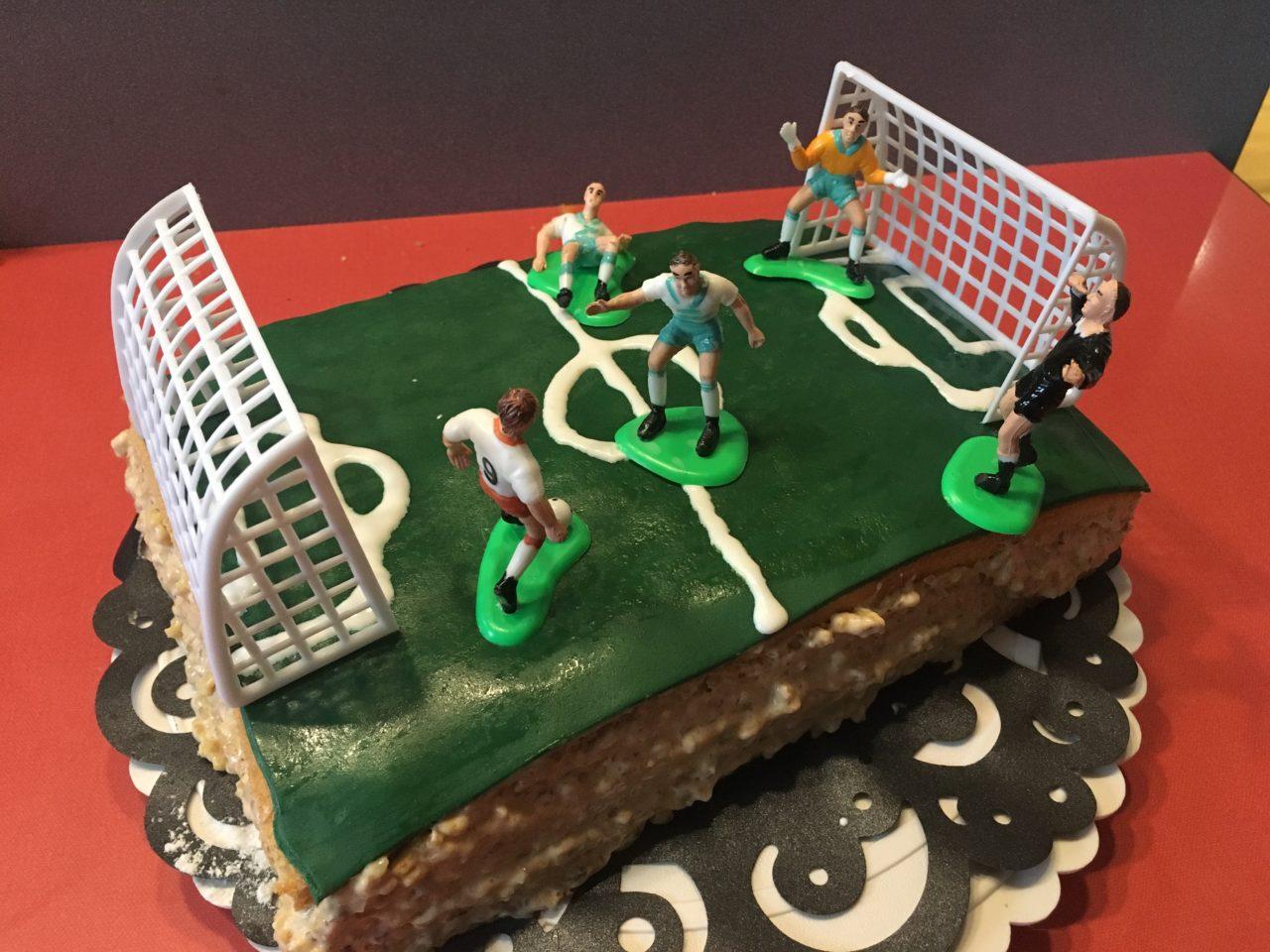 Gâteau d'anniversaire football