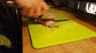 Ensuite, on se lance dans le plat avec les échalotes