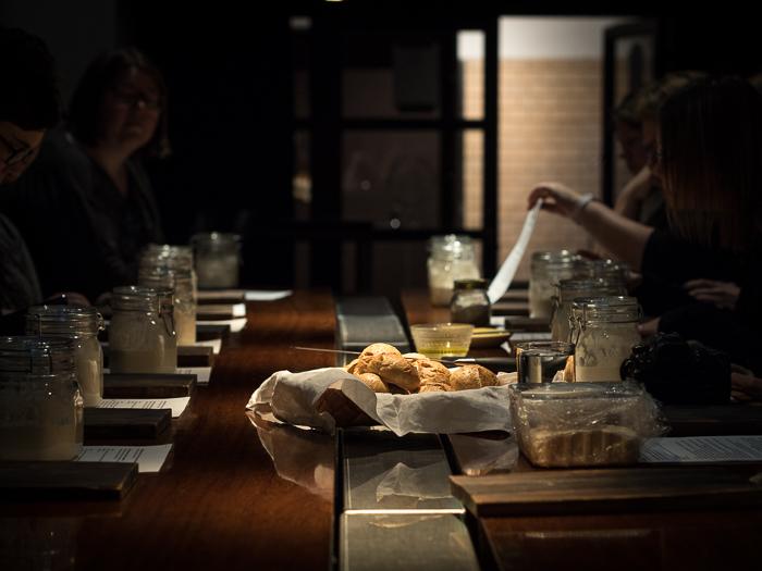 Vehnäjuureen leivotut sämpylät | juurileivonta | hapanjuuri