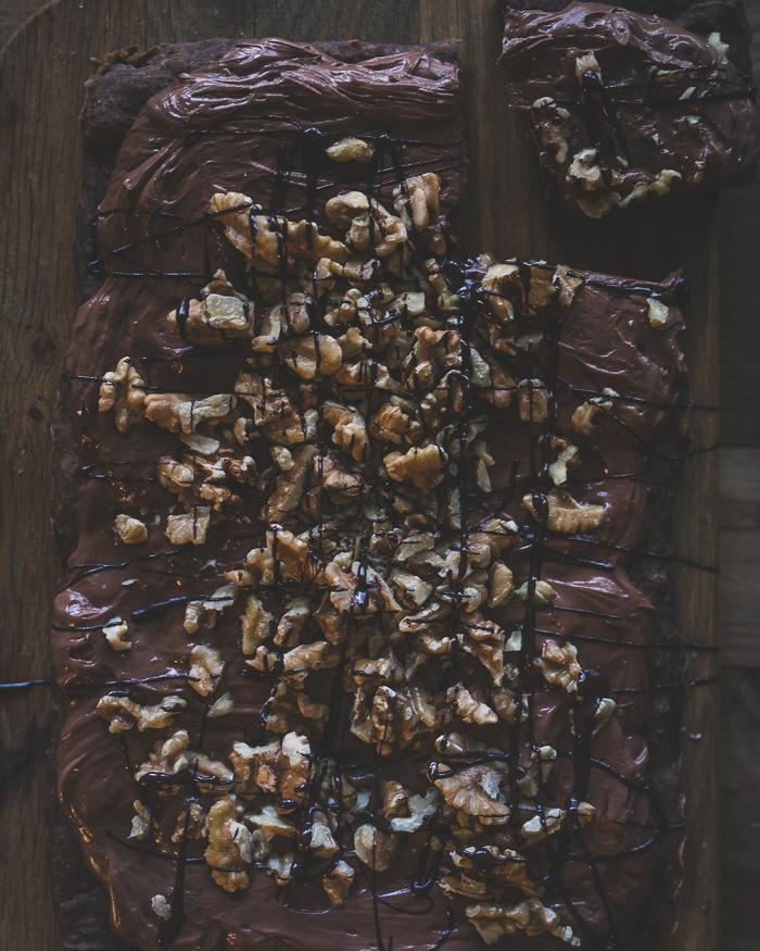 mustapapubrowniet | brownie | vegaaninen | kasvisruoka | leivonta