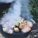 Hampurilaiset grillissä