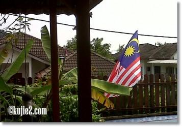 bendera malaysia hari kebangsaan