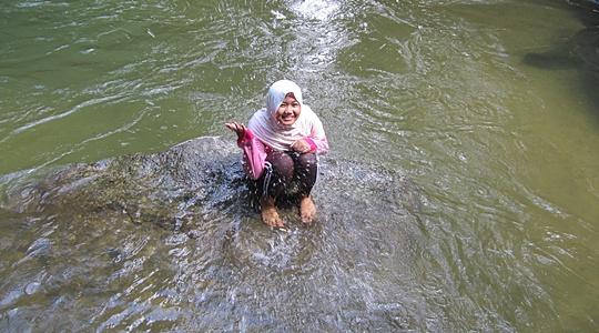Bersih Di Sungai Kedondong