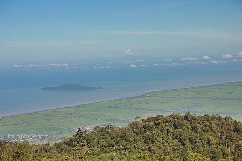 gunung jerai nampak pulau bunting