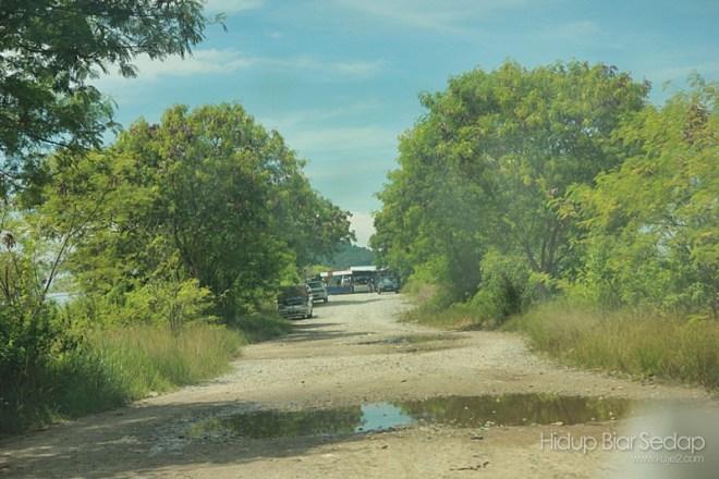 jalan masuk ke jambatan pulau bunting sedaka