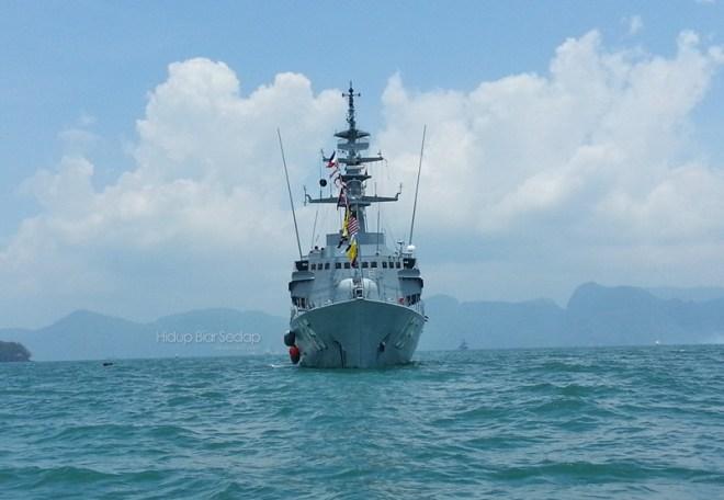 kapal tentera laut