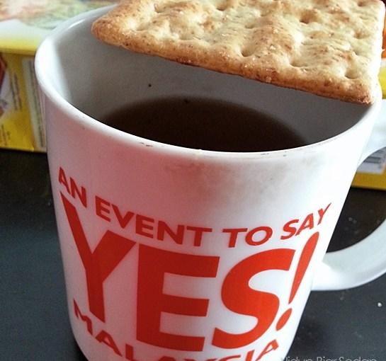 biskut cicah teh