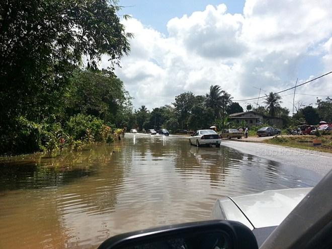 banjir di pantai timur