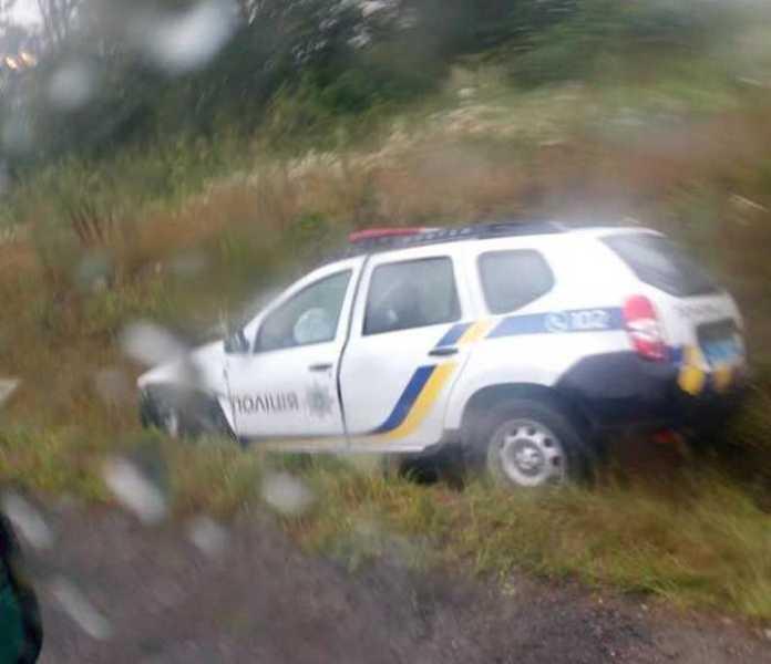 На Львівщині сталась аварія за участі поліції