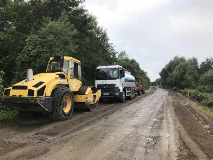 На Львівщині розпочали ремонт автомобільної дороги