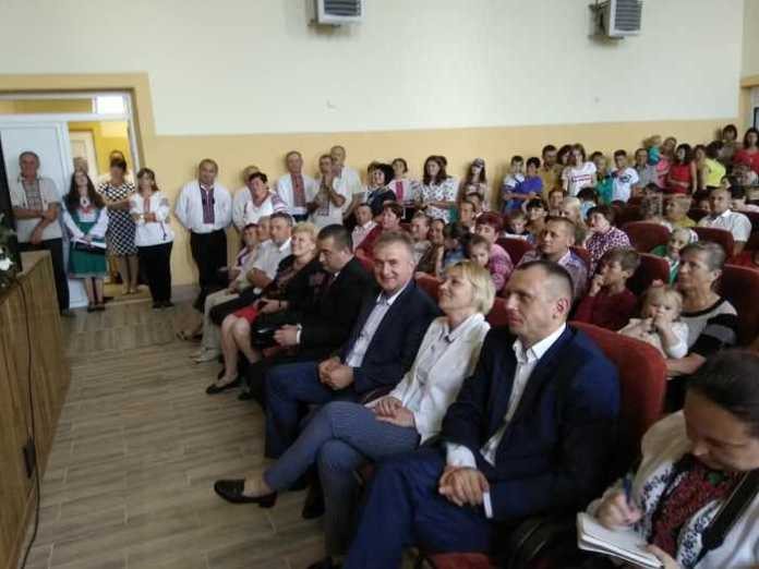 На Яворівщині відкрили оновлений Народний дім