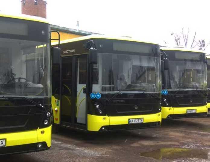 З суботи АТП №1 випустить 12-метрові автобуси на маршрут №45