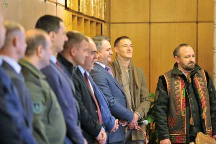 Волонтерський вертеп привітав працівників Львівської ОДА з Різдвом