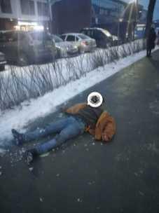 У Львові п'яний чоловік випав з автобусу, фото Варта-1
