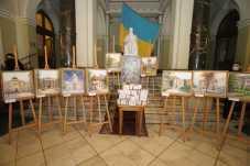 У Львівській облраді відкрилась благодійна виставка-ярмарок