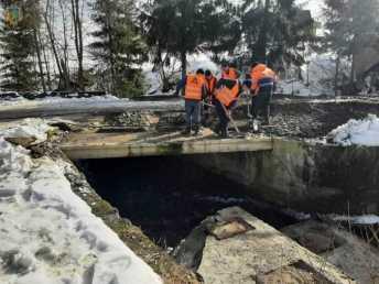 """На дорозі """"Славське – Хащованя"""" відновили ремонт двох мостів"""