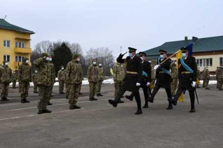 На Львівщині півтори сотні офіцерів за призовом завершили Курси перепідготовки та підвищення кваліфікації. Фото Національна академія сухопутних військ
