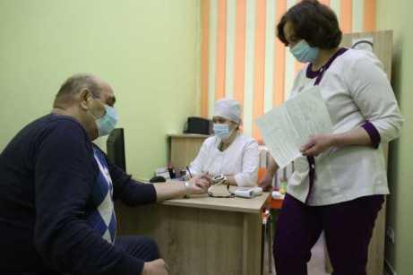 У Львові від Covid-19 почали вакцинувати тих, хто забезпечує життєдіяльність міста, фото ЛМР