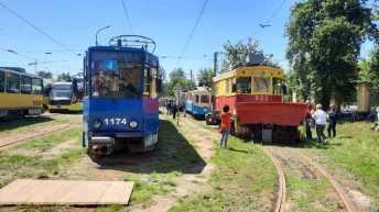 У Львові влаштували виставку старовинних трамваїв, фото Суспільне