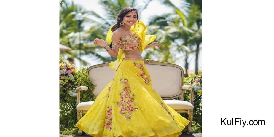 Srk-Yellow-Color-Satin-Banglory-Silk-Embroidered-Lehenga