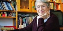 """Ruth Kraft liest aus ihrem """"Schildbürgerbuch"""""""