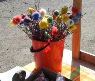 Ullbollar i påskriset