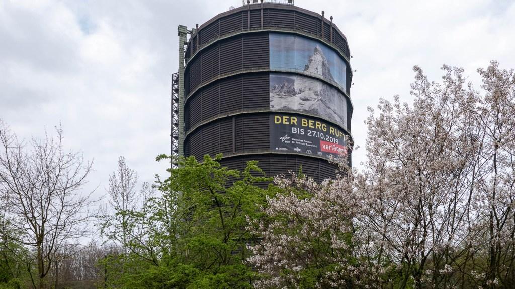 Gasometer Oberhausen - Ausstellung: Der Berg ruft.