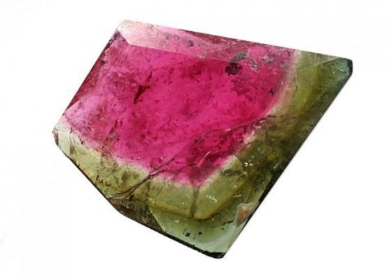 Небольшой кристалл, имеющий уникальную и очень интересную расцветку, благодаря которой и получил свое название.