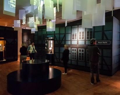 Blick in die moderne Ausstellungsgestaltung