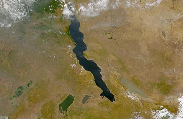 Riftdalen, Øst Afrika - foto: NASA