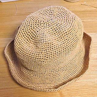 エコアンダリヤ帽子…中折れ帽完成