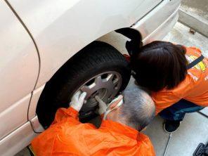 タイヤ交換7