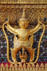 6191334-312253-golden-garuda-statues-at-wat-phra-kaew-temple-of-the-emerald-buddha-in-thailand