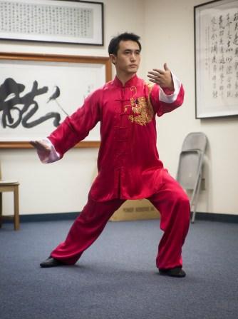 Master Zou Yunjian demonstrates the simplified 24 movements tai chi routine.