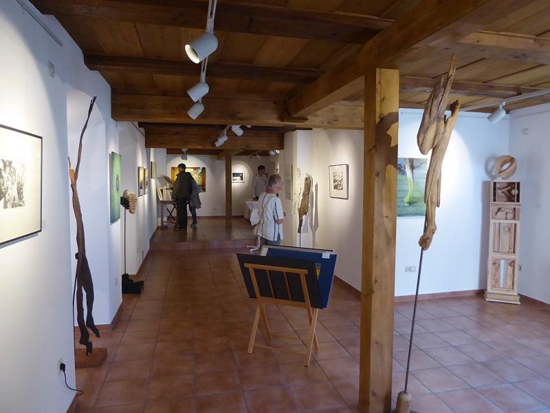 BLick in die KunstGalerieHans