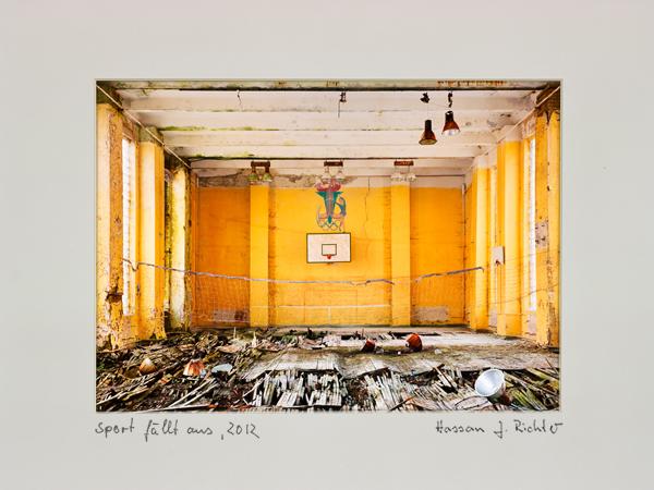 Hassan J. Richter - Sport fällt aus, Fotografie (2012), KunstGalerieHans