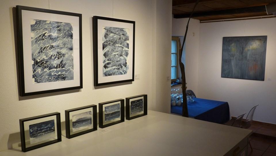 "Ausstellung ""Meer als Worte"" in der KunstGalerieHans Dresden hinten"