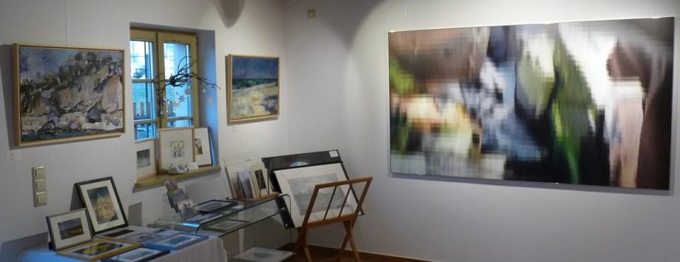 """Ausstellung Jan 2020 - Arbeiten von Uwe Peschel (links) und """"S.D."""" von Franz Erhard (120 cm x 210 cm)"""