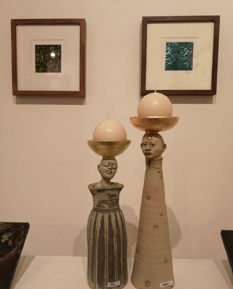 Kalligrafien Moussa Mbarek und Leuchterkeramiken Inge Seidel