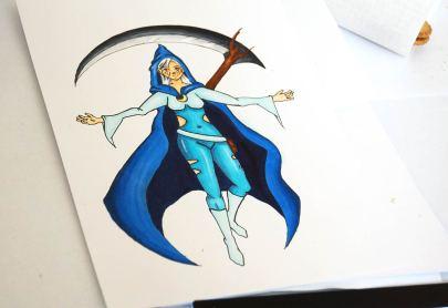 Farbige Zeichnung einer Mangaheldin mit blauem Cape