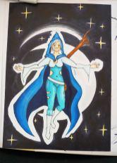 Mangagirl mit blauem Cape auf schwarzem Hintergrund.